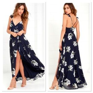 NWT Lulu's All Mine navy blue floral maxi dress